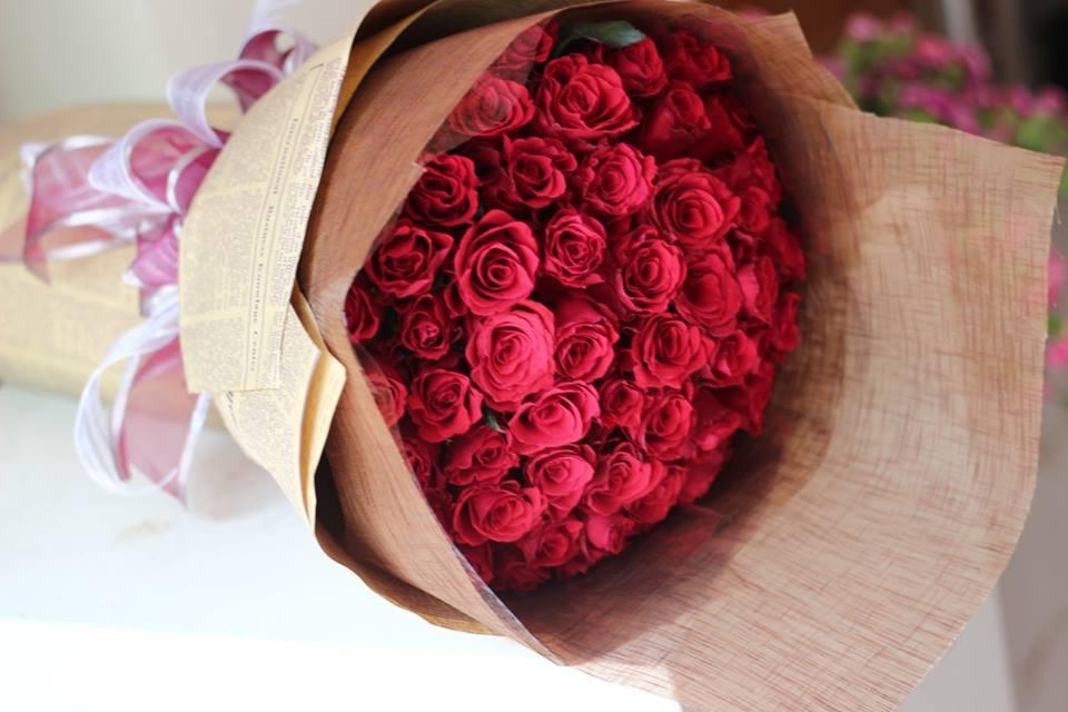 Kết quả hình ảnh cho hoa hồng gói báo