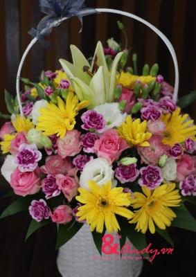 Giỏ hoa tặng bạn