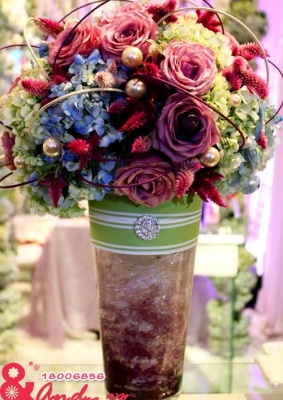 Bình hoa đẹp - Tím thân thương