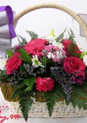 Giỏ hoa hồng đẹp - Sắc xuân