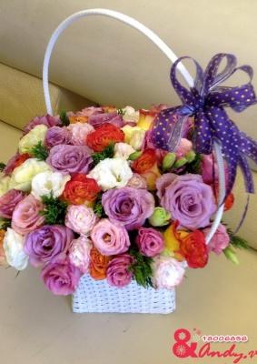 Giỏ hoa sắc màu