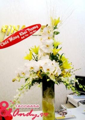 Bình hoa chúc mừng đặt bàn