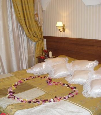 Hoa cưới trang trí phòng: 12517