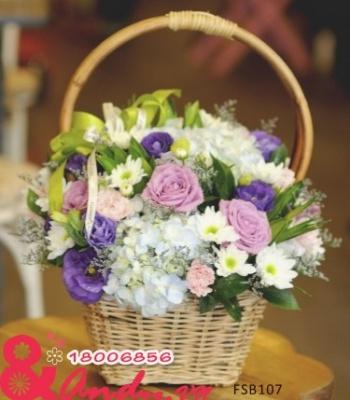 Giỏ hoa đẹp – nhẹ nhàng