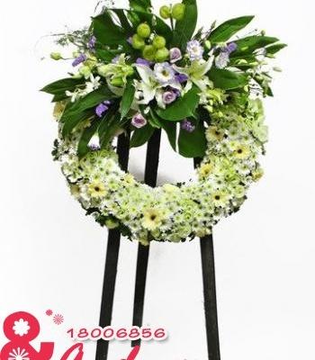 Vòng hoa đưa tiễn